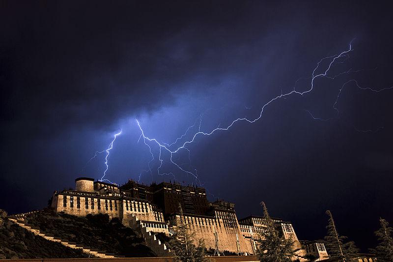 File:布达拉宫闪电.jpg