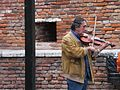 橋上的提琴手 Violinist on Bridge Scaligero - panoramio.jpg