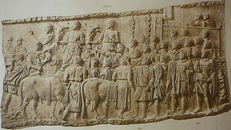 Roman salute - Trajan's Column, Plate LXII. Onlookers raise their arms to acclaim the emperor