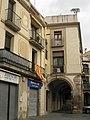 136 Porxos de la plaça de les Fonts (Olesa).jpg