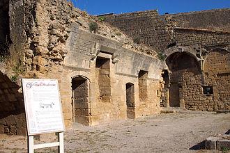 Miramas - Miramas le Vieux, Vestiges du Château
