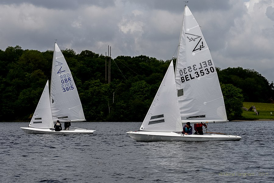 17052015_f15_Trophee_Ch_Bertels_1er_Manche_02Flying Fifteen sailboats at the 2015 Trophée Charles Bertels (Charles Bertels Trophy) in Belgium.