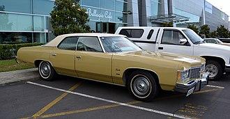 Downsize (automobile) - Image: 1974 Chevrolet Impala (11146054173)