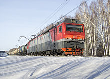 Freight train in Tomsk 2ES6 v Tomske.JPG