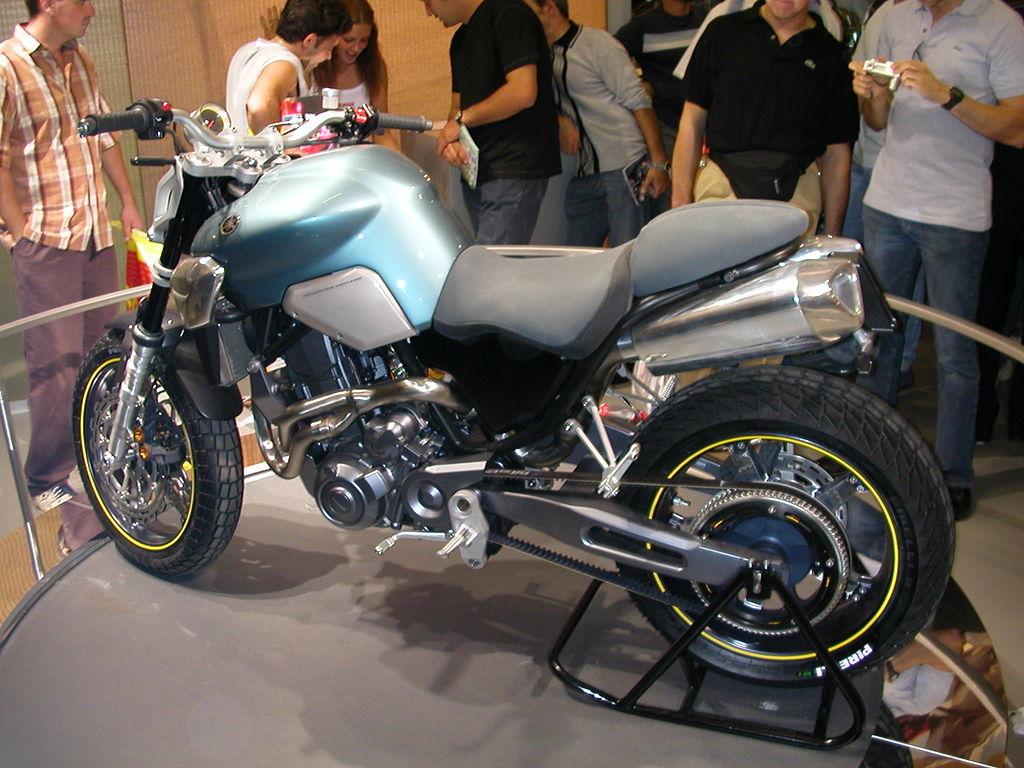 Yamaha MT 15 Wikipedia: File:2003 Yamaha MT-03 Concept(1).JPG