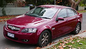 2009 Holden Berlina (VE MY09.5) sedan (2015-05-29) 01.jpg