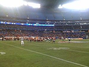 2010 International Bowl - Image: 2010 Intl Bowl 1