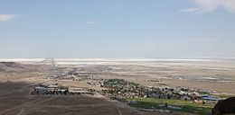 2013-07-04 14 10 07 View of West Wendover in Nevada from a hill to the west.jpg