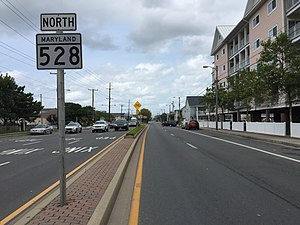Maryland Route 528 - View north along MD 528 at 9th Street in southern Ocean City
