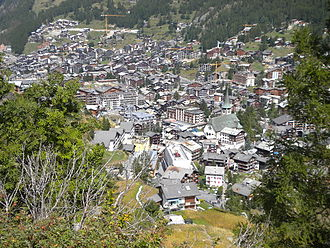 Zermatt - View of the centre of Zermatt (from the west side)