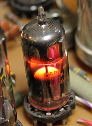 Glow discharge - A 5651 voltage-regulator tube in operation