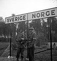 606-1-9 digitaltmuseum.se-021016596198-norge-fritt-den-7-maj-1945 Dan Gunner Värmlands Museum Bildarkiv Public domain.jpg
