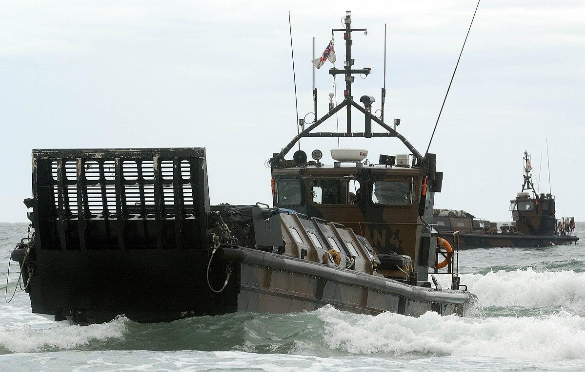 Landing Craft Vehicle Personnel - Wikipedia