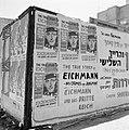 Aanplakbiljetten over de veroordeling van Karl Adolf Eichmann, Bestanddeelnr 255-1849.jpg