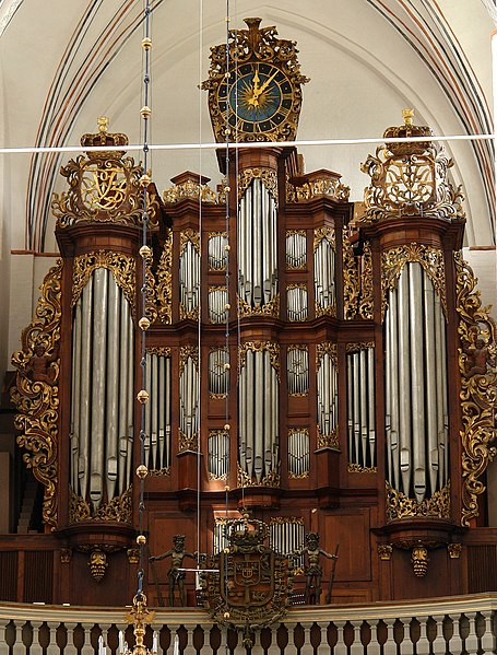 File:AarhusDom-Orgel-3.jpg