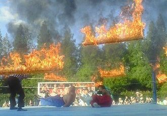 Hardcore wrestling - A fire deathmatch