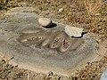 Aboriginal grinding grooves.jpg