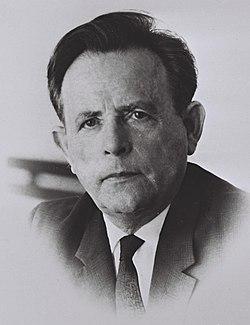 Aharon Becker, 1969. D708-071.jpg