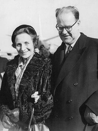 Tage Erlander - Aina and Tage Erlander in 1964