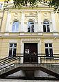 Al. Niepodległości, budynek nr 15, wejście do muzeum.jpg