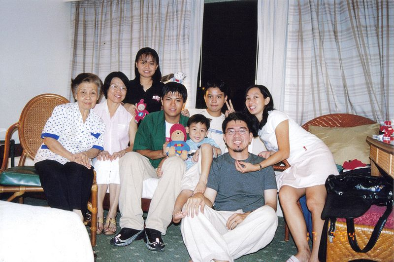File:Albert Tiu Family Pic.jpg
