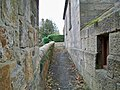 Alley at top of steps - geograph.org.uk - 1533735.jpg