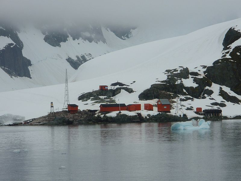 File:Almirante Brown Antarctic Base.jpg