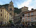 Amalfi- Domplatz (28783637533).jpg