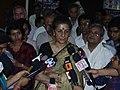 Ambika Soni - Press Conference - Science City - Kolkata 2006-07-04 5220039.JPG