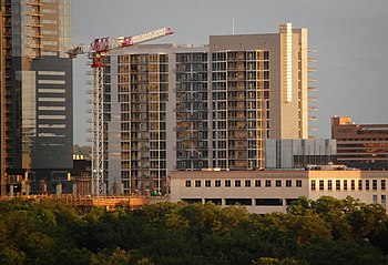 English: Amli on 2nd apartments in Austin, Texas