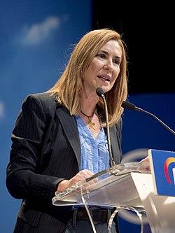 Ana Beltrán en un mitin en Arganzuela - 40712351043 (cropped).jpg