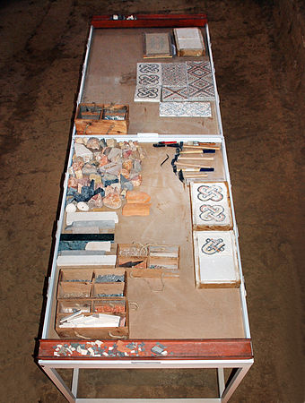 Tool table for ancient Roman mosaics at Roman villa of La Olmeda in Pedrosa de la Vega, Province of Palencia (Castile and Leon, Spain). Ancient Roman Mosaics Villa Romana La Olmeda 021 Pedrosa De La Vega - Saldana (Palencia).JPG