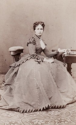 Archduchess Maria Theresa of Austria- Este, later Queen of Bavaria. Late 1860s.jpg