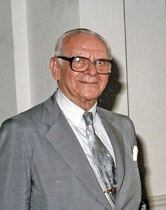 Armand Hammer - Hammer in 1982