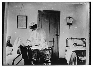 Armenian refugees (new baby, mother & midwife) LOC 27891769400.jpg