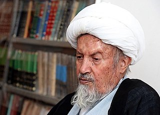 Mohammad Momen Member of the Expediency Discernment Council and the Assembly of Experts