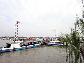 Bến tàu Ninh Kiều.jpg
