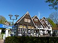 Bad Sassendorf – Fachwerk am Karl-Volke-Platz - panoramio.jpg