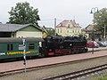 Bahnhof Moritzburg, 99 1761-8 mit Zug (3) Aufenthalt.jpg