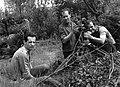 Balra Schiffer Pál filmrendező, jobbra Andor Tamás operatőr. A kép a Tiszazug című film forgatásakor készült. Fortepan 30292.jpg