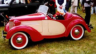 American Austin Car Company - Image: Bantam Modell 60 Roadster 1938