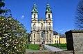 Bazilika v Krzesówie - panoramio.jpg