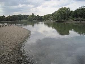 Beckton District Park North - Image: Beckton District Park North lake