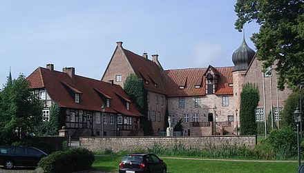 Bederkesa Castle, since 1381 a stronghold of Bremen's rural possessions within the Prince-Archbishopric, the later secularised Duchy of Bremen Bederkesa, Burg 3.JPG