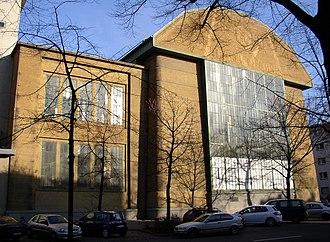 AEG - AEG turbine factory (1909, architect Peter Behrens)