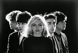 Blondie (band) - Image: Blondie 1977
