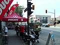 Boulevard Saint-Laurent - petite Italie - Montreal - Quebec - panoramio (1).jpg