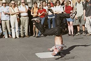 Breakdance vienna crop.jpg