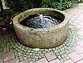 Brunnen Adalbertstr12 München.jpg