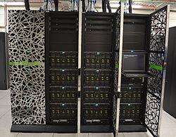 grandes cantidades de información de utilidad diversa que requieren tecnología específica